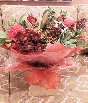 Image of Unique Design Flowers from Oasis Flowers Unique
